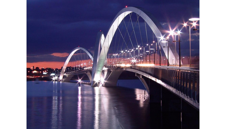 Puente Juscelino Kubitschek (Brasilia, Brasil)