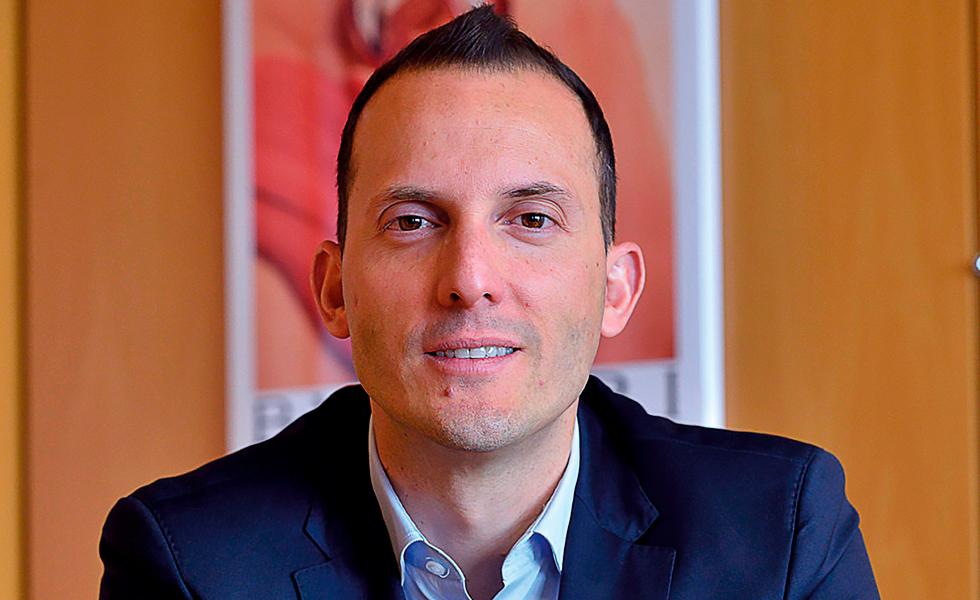 Luis Miguel González: el hombre de las fraganciasEsto es el subtítulo
