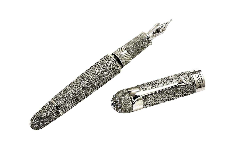 1. Aurora Diamante Fountain Pen