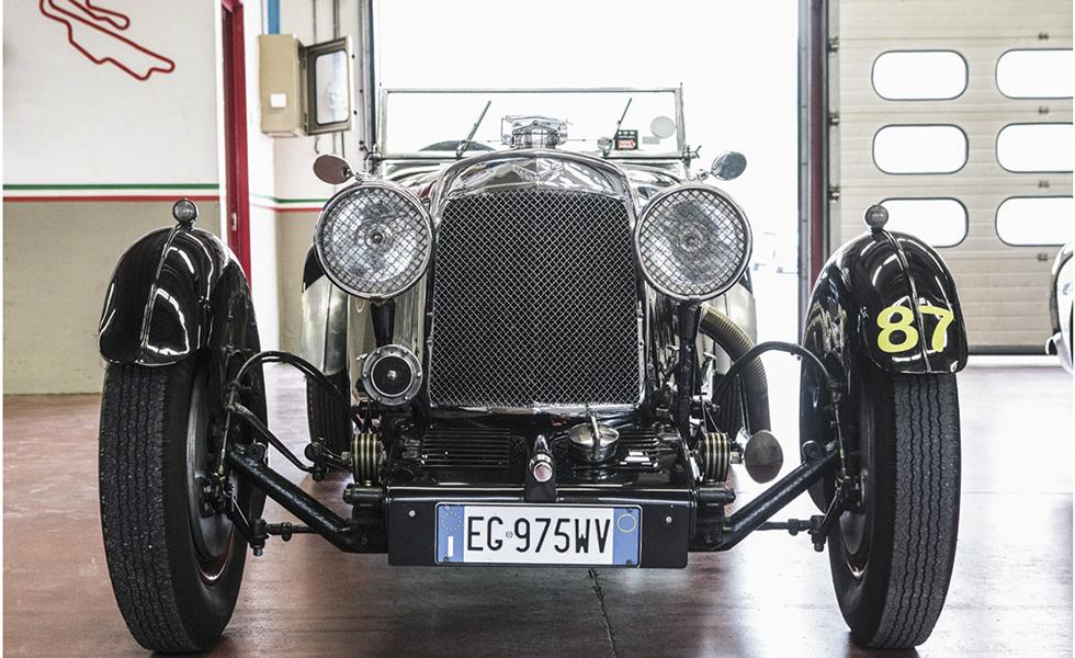 La colección de coches clásicos de la familia RicciSubtítulo