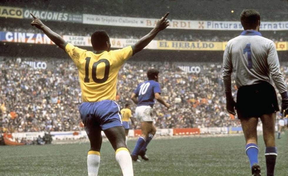 Más allá de Messi o Ronaldo: las (otras) leyendas del fútbolSubtítulo