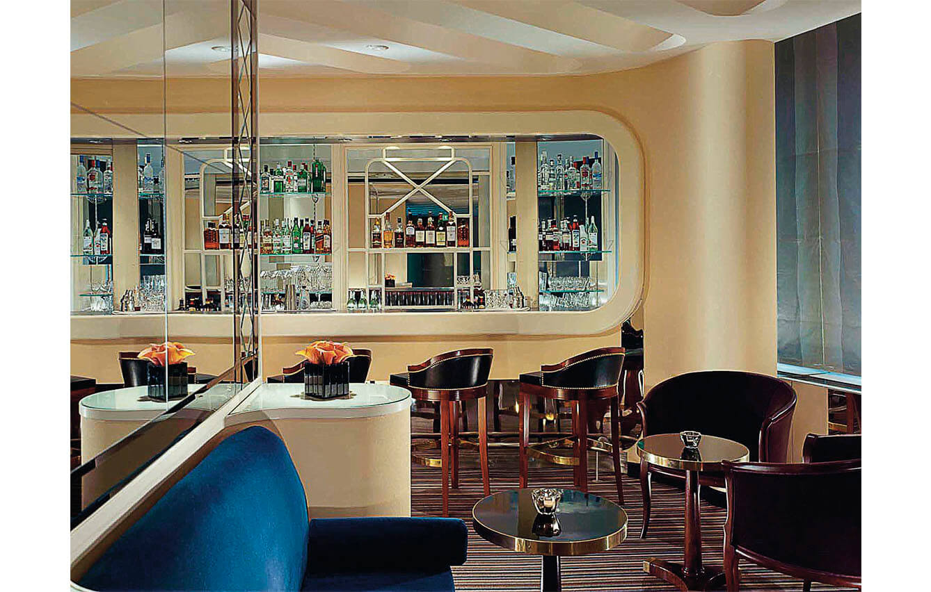 1. AMERICAN BAR (The Savoy, Londres, Inglaterra)