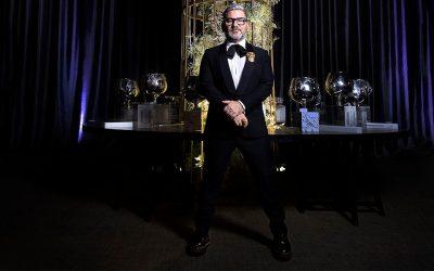 Carlos Espino, el rey de las bodas de autorSubtítulo