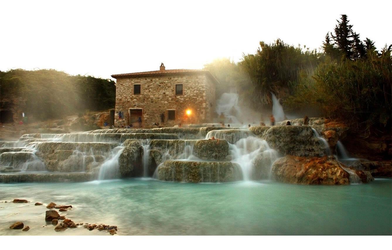 7. TERME DI SATURNIA (Grosseto, Italia)