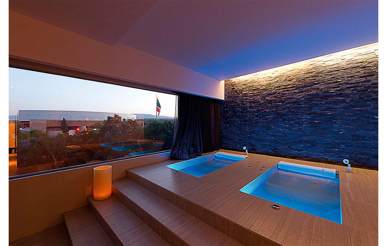 3. HELA SPA, HOTEL PRESIDENTE (Ciudad de México)