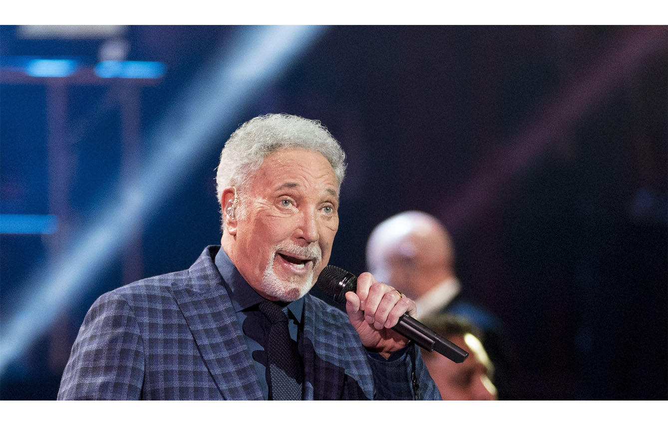 Tom Jones – Thunderball
