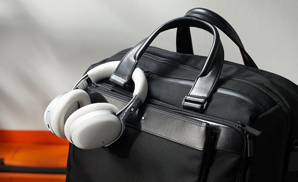 Estos audífonos son ideales para llevar a todos ladosSubtítulo