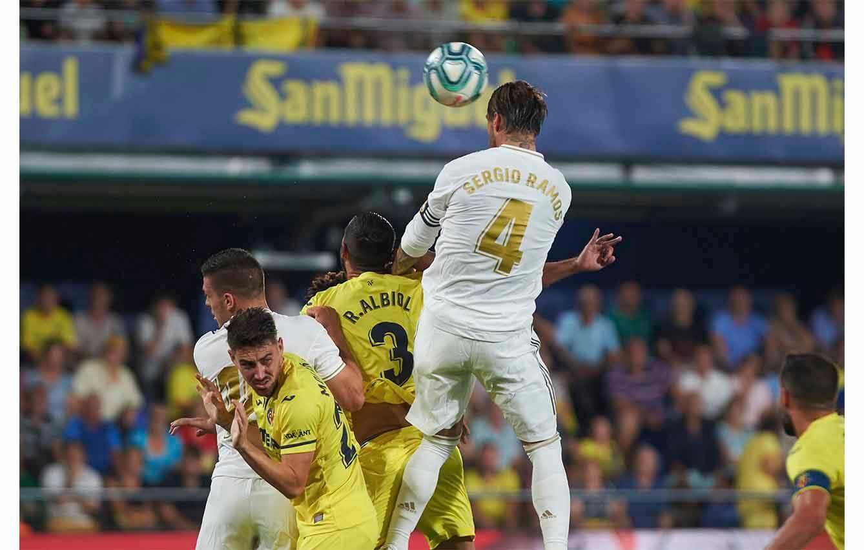 2. Ha llevado la camiseta número 4 solo con el Real Madrid, pero nunca para España...