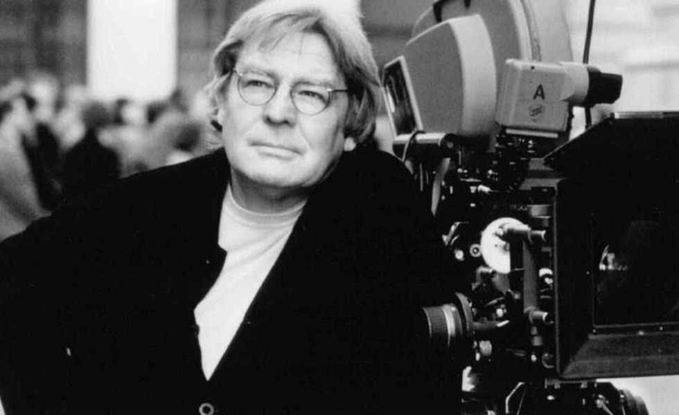 Fallece el cineasta británico Alan ParkerSubtítulo