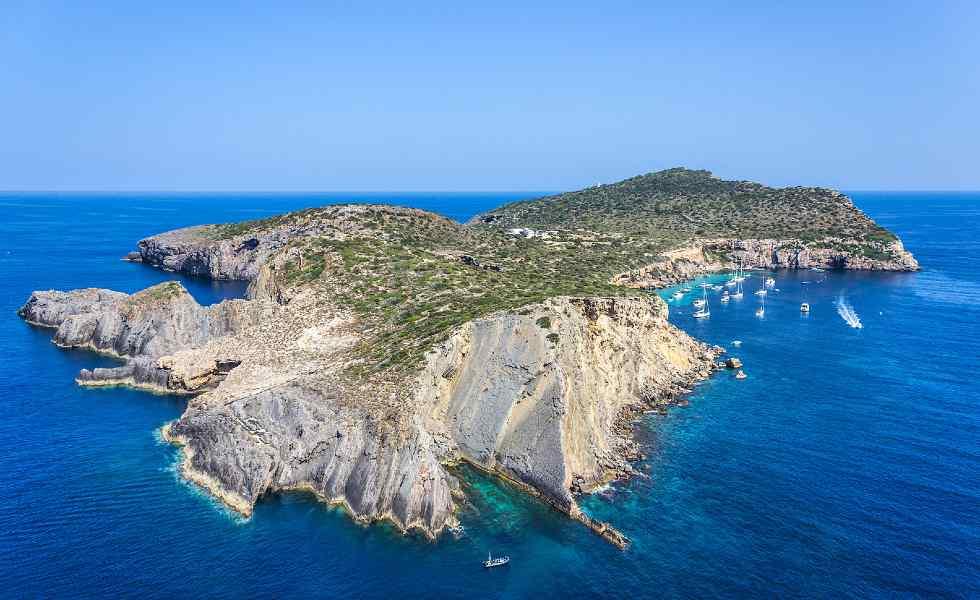Se vende isla privada en el MediterráneoSubtítulo