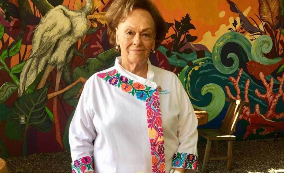 Susana Palazuelos te enseña a preparar pozole y ceviche desde casaSubtítulo