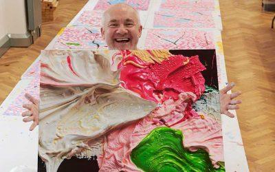 ¿Qué hizo el artista Damien Hirst para apoyar a 'Save the Children?Subtítulo