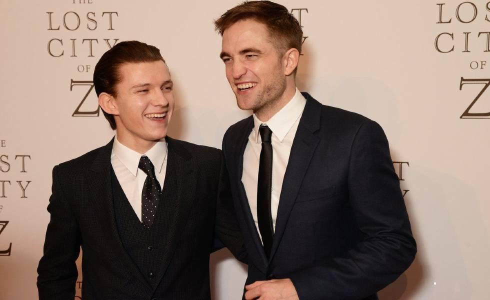 Tom Holland y Robert Pattinson, en la nueva película de NetflixSubtítulo