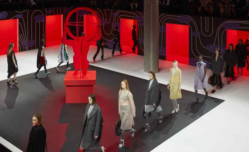 Un éxito la subasta 'Tools of memory' de Prada y Sotheby'sSubtítulo
