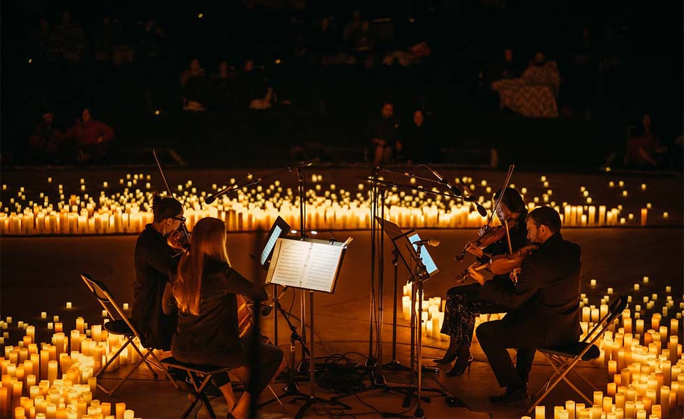 Llega a México el mejor show de piano bajo la luz de las velasSubtítulo