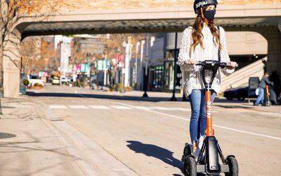 Spin S-200, los scooters que simulan al 'auto increíble'Subtítulo