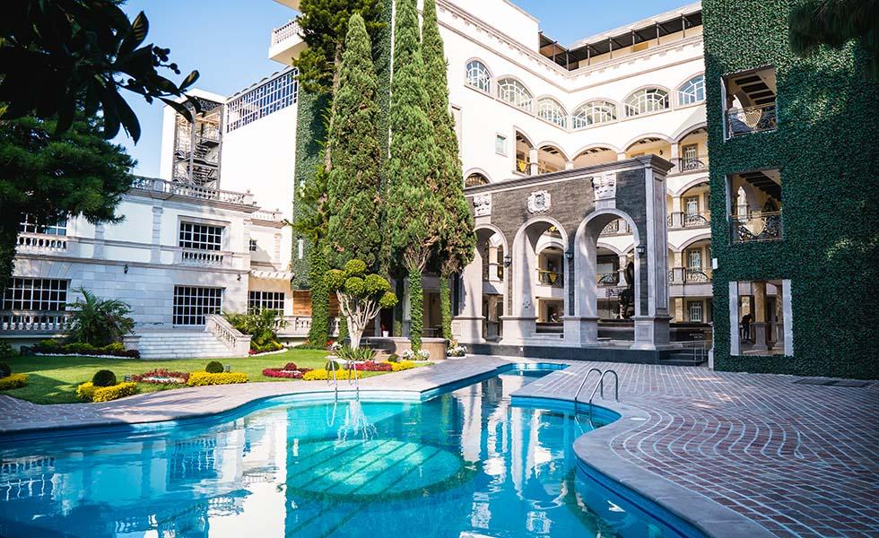 Conoce el nuevo hotel de lujo de Marco Antonio SolísSubtítulo