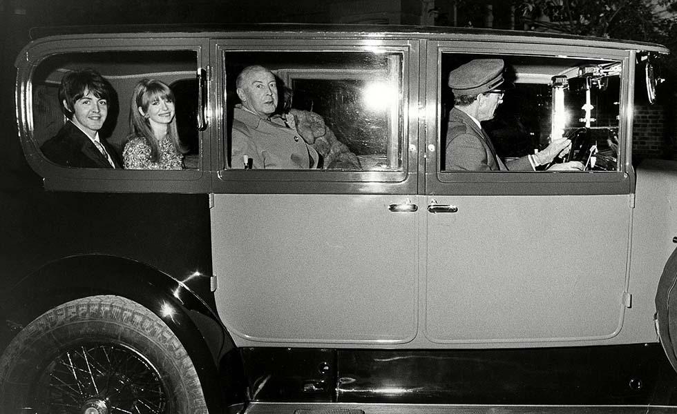 ¿Qué marca de vehículo compartían los Beatles y Coco Chanel?Subtítulo