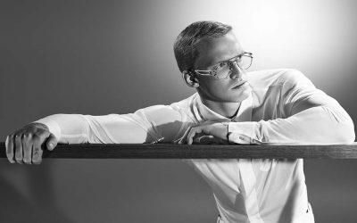 Cody Simpson, la nueva cara de Versace EyewearSubtítulo