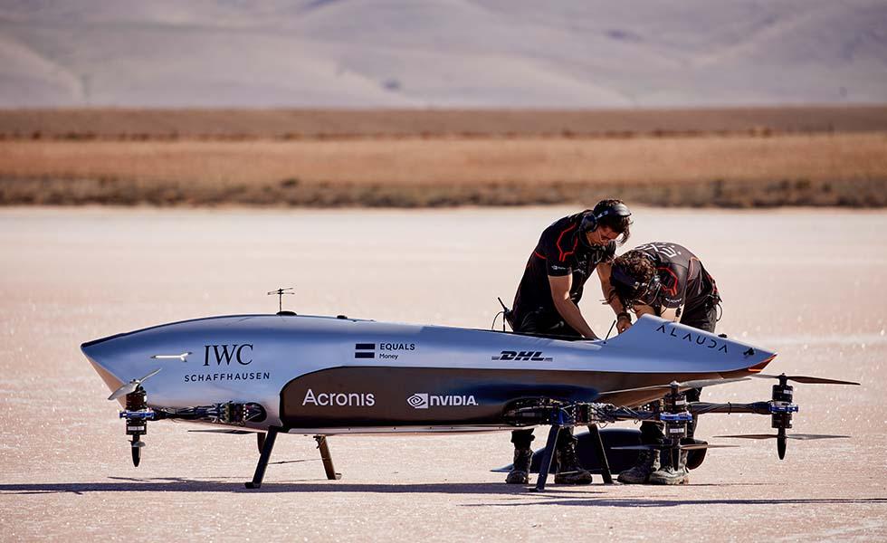 IWC se une con Airspeeder, el primer coche volador del mundoSubtítulo